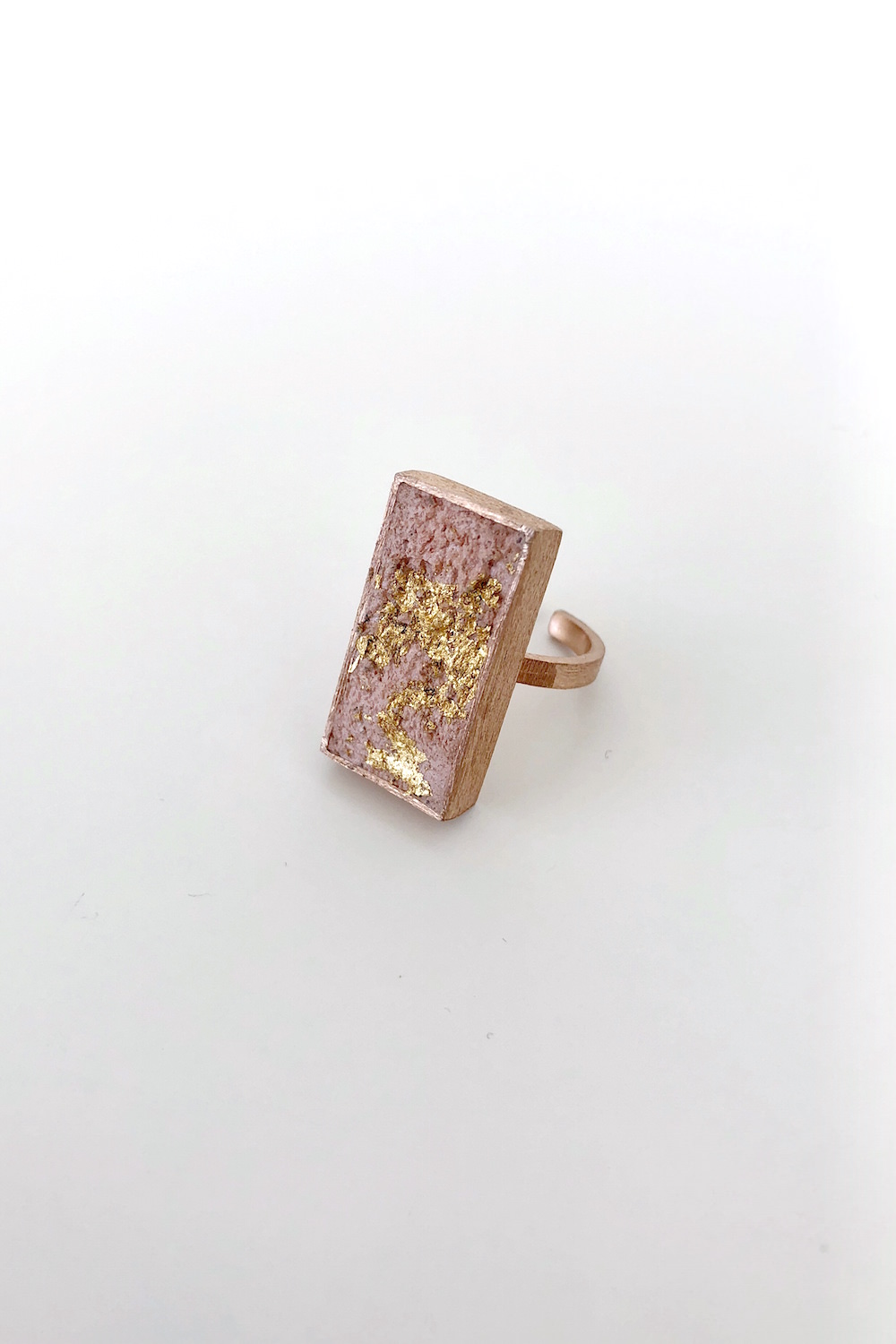 Ring in Rose Gold and Pink Cement
